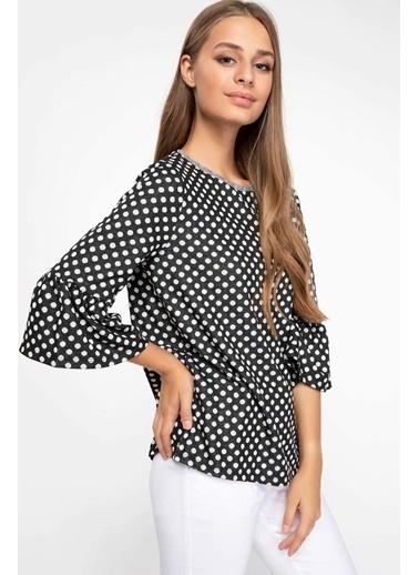 DeFacto Kolları Volan Detaylı Puantiyeli Bluz Siyah